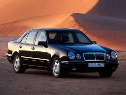 Mercedes w 210 Komrosor